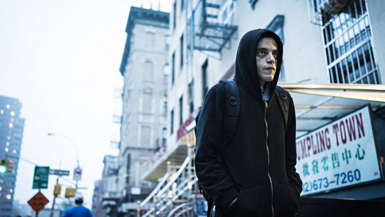 "MrRobot creator and star break down that ""very emotional"" death"