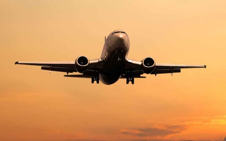 Hainan Airlines plans charter flights to Tahiti