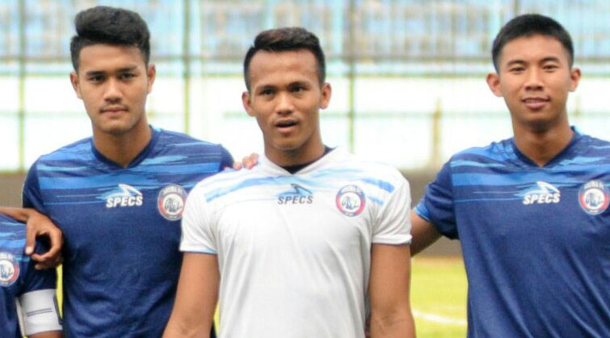 Musim Depan, Arema Siapkan Kiper Baru https://t.co/PD3EZCXS5c https://t.co/yp0KIRip15