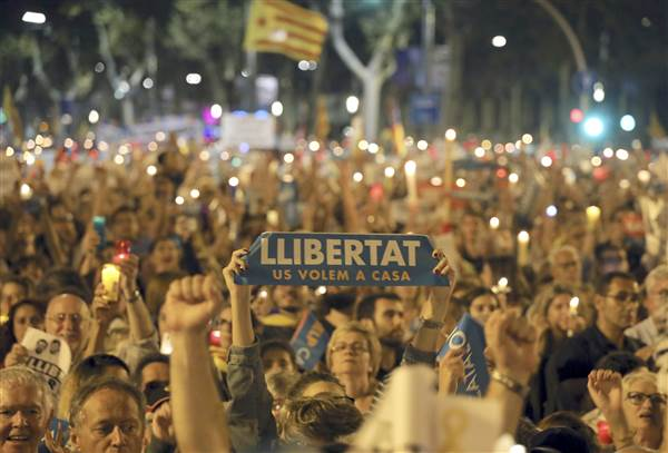 NEW: Spain set to impose direct rule on Catalonia beginning Saturday