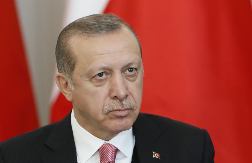 Turkey's Erdogan calls on mayors to resign, Hurriyet newspaper says