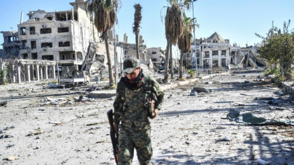 G7 to focus on foreign fighter fallout from rout of IS