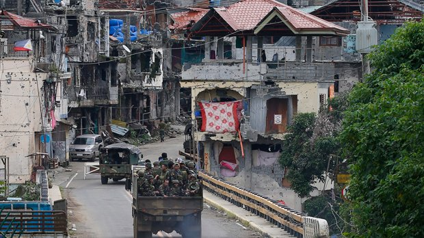 Philippine city of Marawi ruined as battle with IS-linked militants nears end