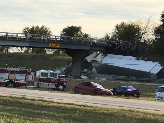 Semi-truck driver killed after fiery crash onI-35