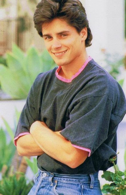 4 pic. #BillyWarlock.   His dad was Michael Myers.  That is all. 🖤 https://t.co/ZIILMTYlVG