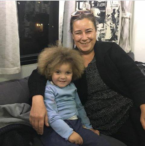 RT @SelmaKara34: #iyikivarsin @Hepsihikayeb #Bizimhikaye #ismet #Ayşegülkaya #ömersevgi https://t.co/fgGFuAvZAV