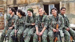 RT @esterbaum: Onore alle donne curde per la liberazione di #Rakka. #Piazzapulita https://t.co/uJoFgBUdXz