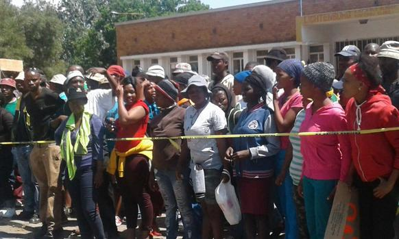 Tension outside court as murder accused farmer gets bail | IOL News