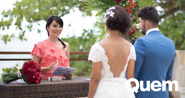 Geovanna Tominaga. Foto do site da Quem Acontece que mostra Sim, essa profissão existe!   Geovanna Tominaga vira 'celebrante' de casamentos pelo país