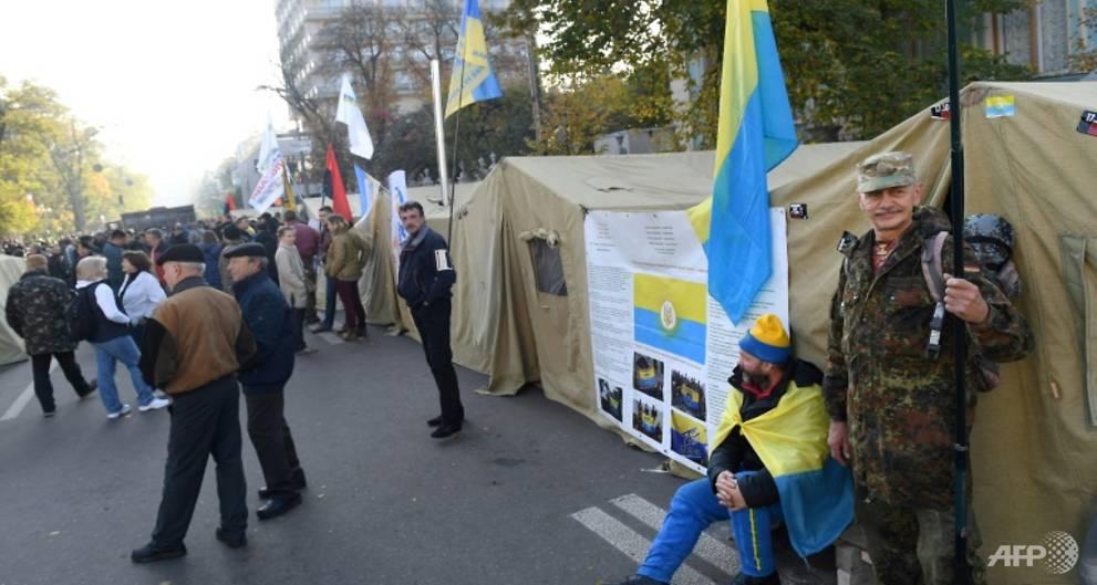 Ukraine takes step to meet 'anti-corruption' protest demands
