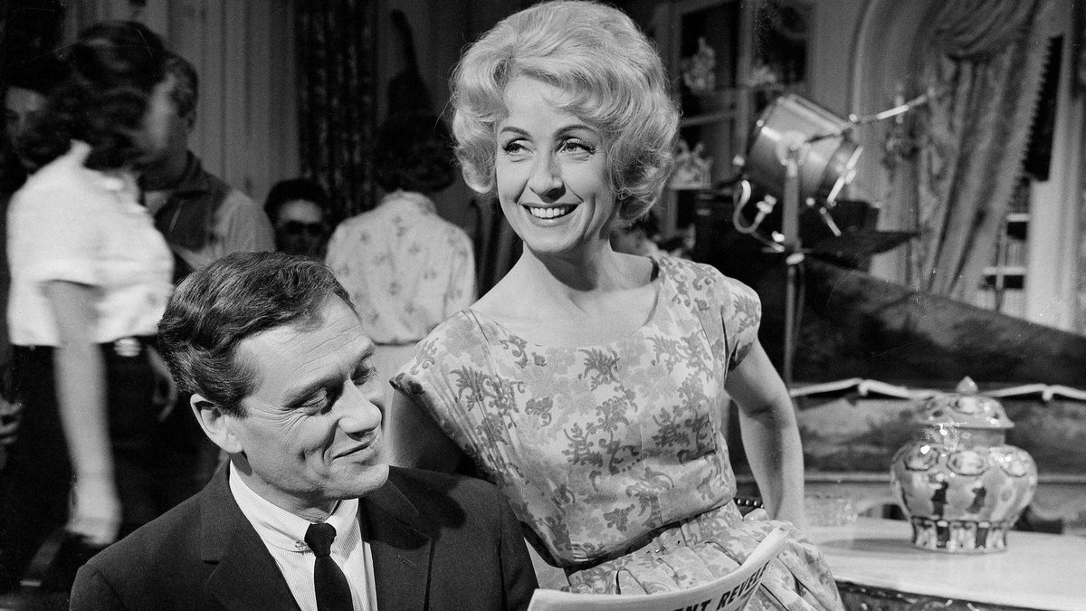 Danielle Darrieux, beloved French actress whose career spanned eight decades, dies at 100