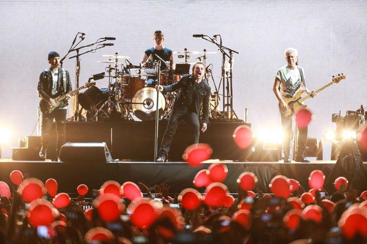 @BroadcastImagem: A banda irlandesa U2 se apresenta no estádio do Morumbi, em São Paulo. Tiago Queiroz/Estadão