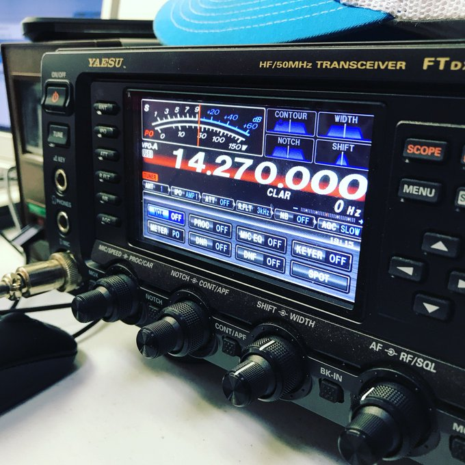 Just some radio pictures. #hamradio https://t.co/y8GTalRff4