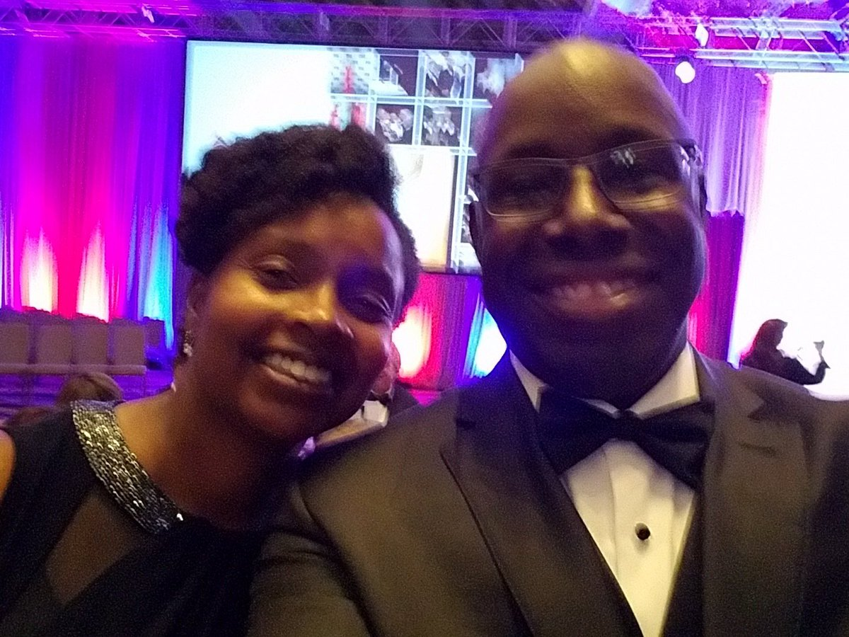 #USOGala Enjoying date night as we honor our miltary. https://t.co/bd1v9NBe2P