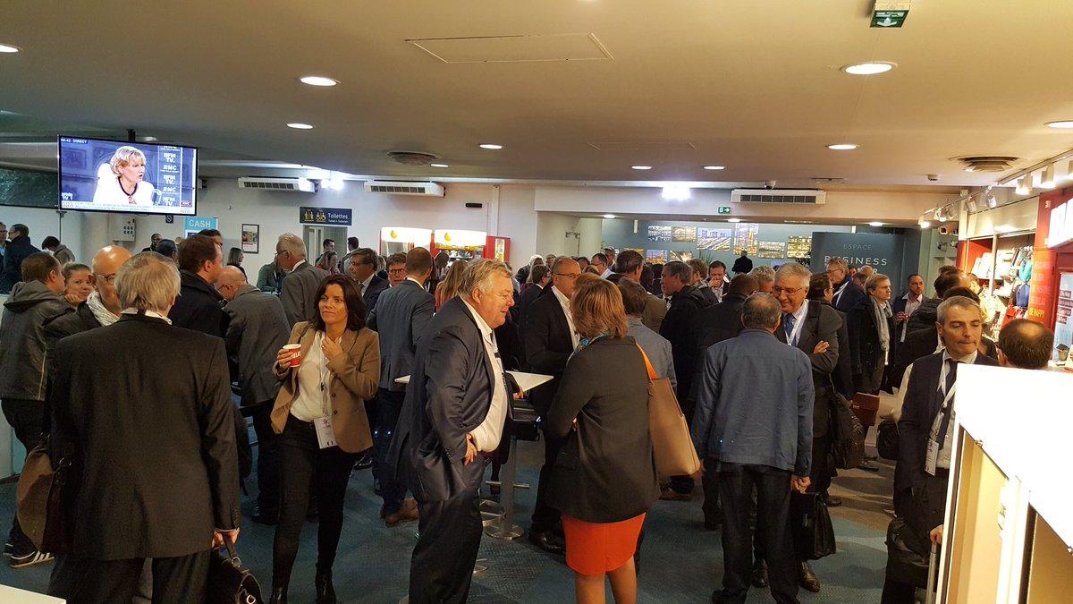 test Twitter Media - #linklille : la délégation est prête pour aller parler des @hautsdefrance à Londres ! #economie #entreprise https://t.co/tfbPhemOxU