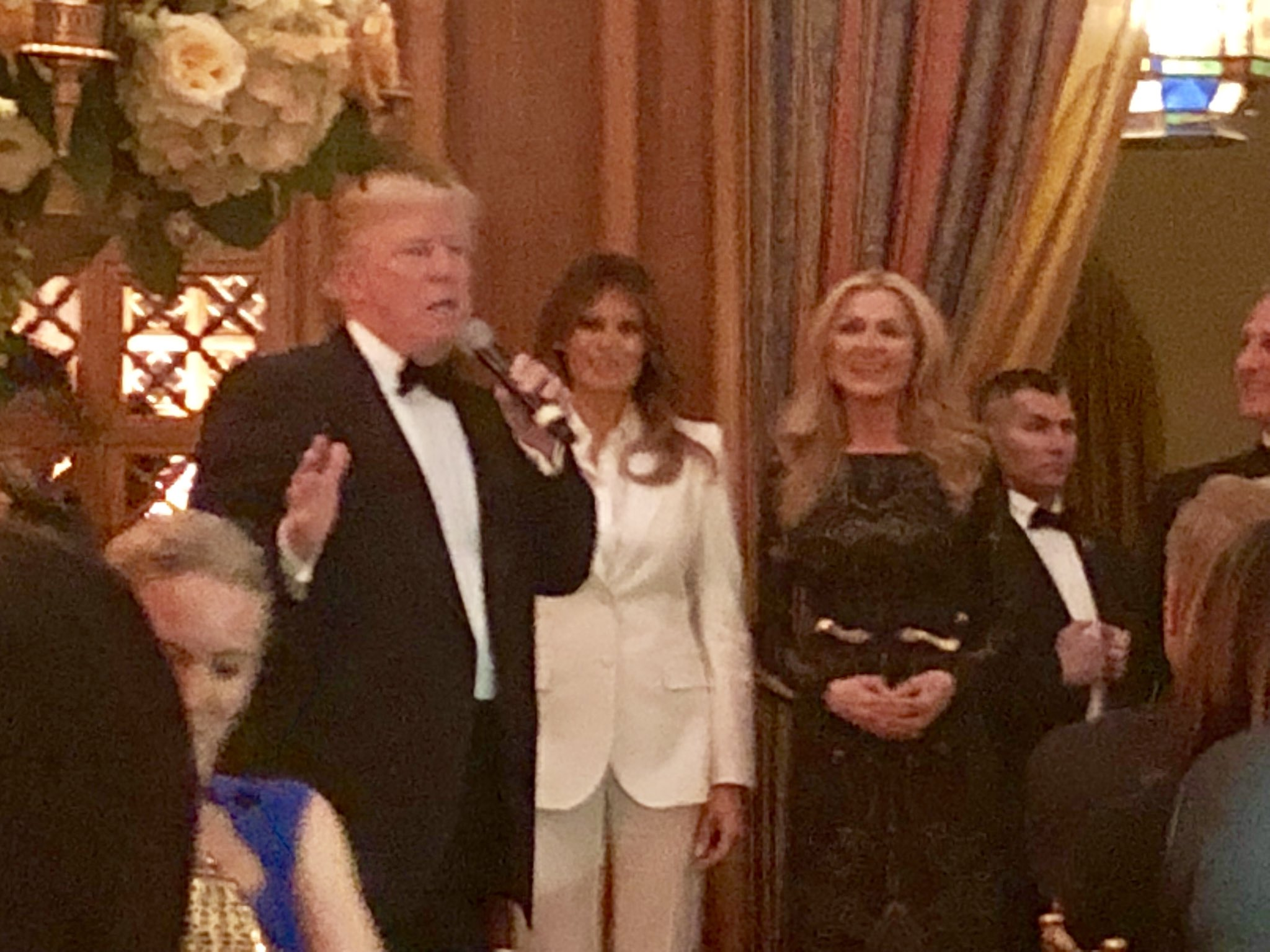Great night honoring @FLOTUS & perfect ending w/ @POTUS announcing passage of budget—major step forward for tax cuts https://t.co/3icggLPvNf