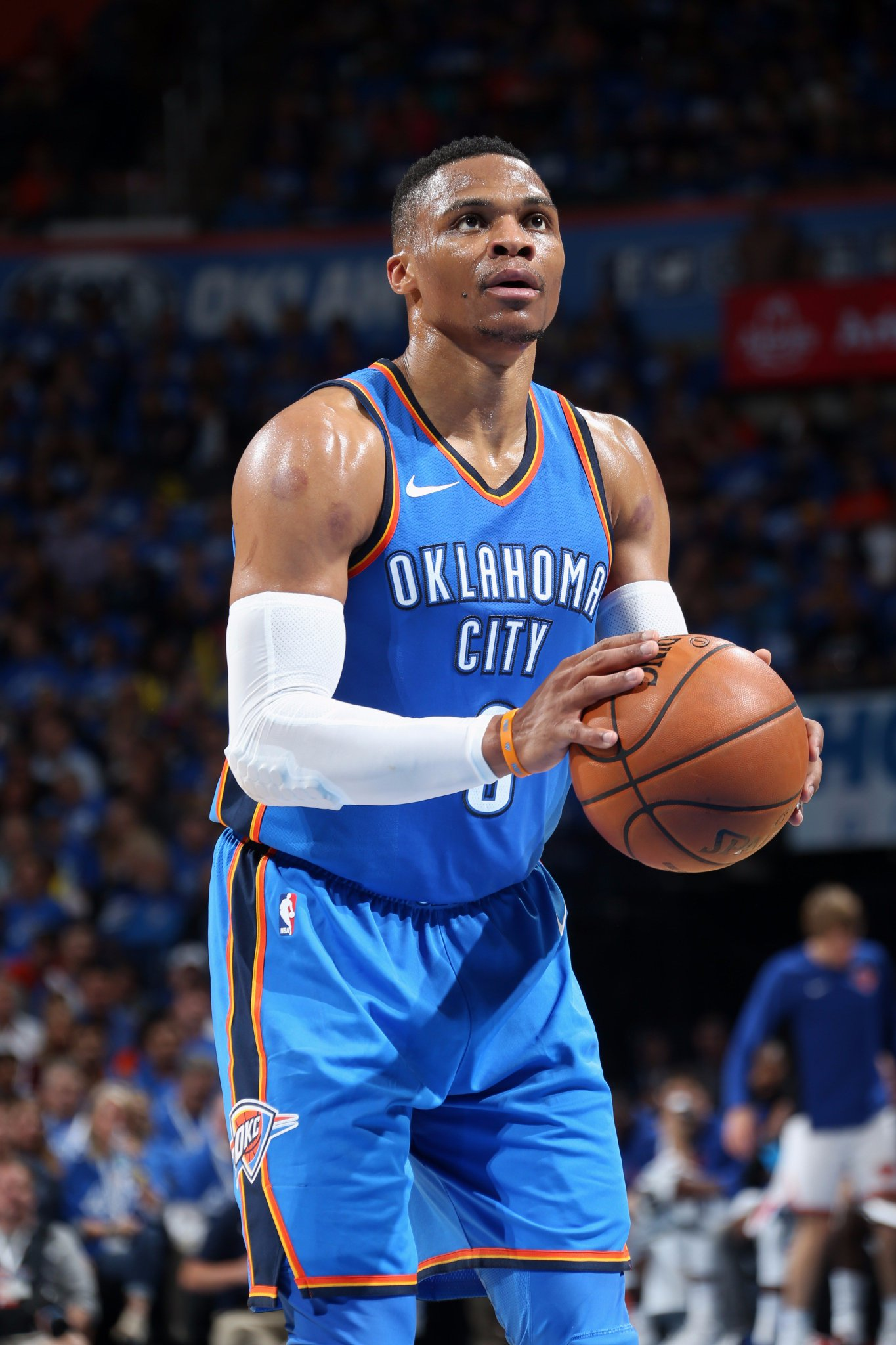 The first triple-double of the season goes to the reigning #KiaMVP, Russell Westbrook!  21 PTS - 16 ASTS - 10 REBS https://t.co/UcmsL8yFjI