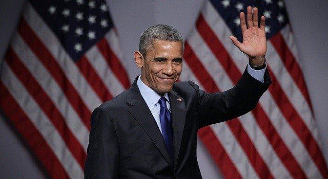 Obama returns to political arena for key governor races
