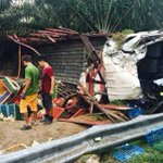 Lorry overturns in Melaka: Man killed, 3,000 chickens crushed to death