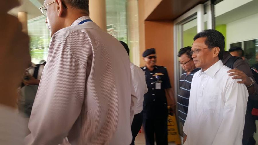 Shafie out of hospital, on the way to court for remand process