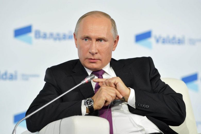 Winter Sports: Russian President Vladimir Putin accuses the US of strong-arming the IOC