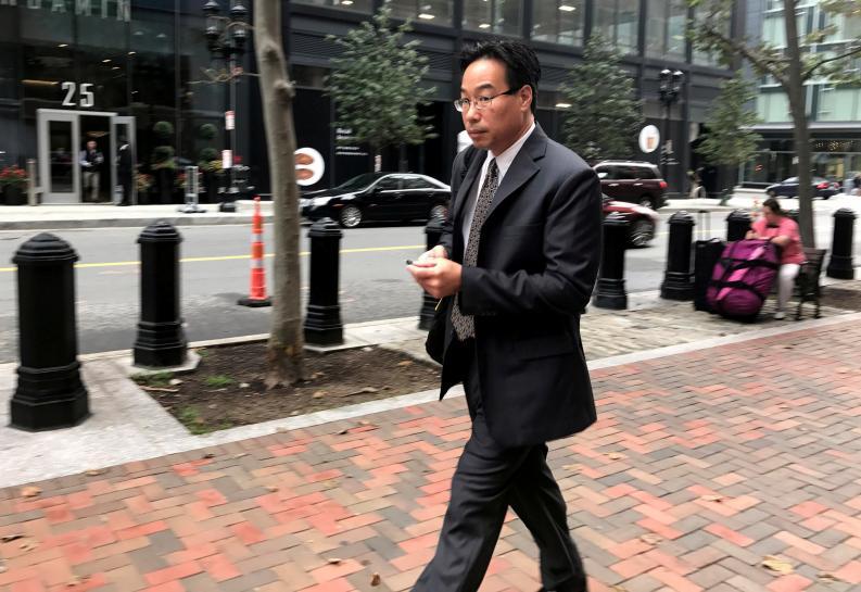 Prosecutors seek pharmacist's conviction over U.S. meningitis outbreak