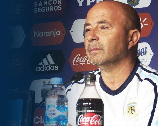 [SELECCIÓN MAYOR] Lista de convocados y conferencia de prensa del entrenador Jorge Sampaoli ��https://t.co/4NqyJq90Yn https://t.co/wp0inmU2D9