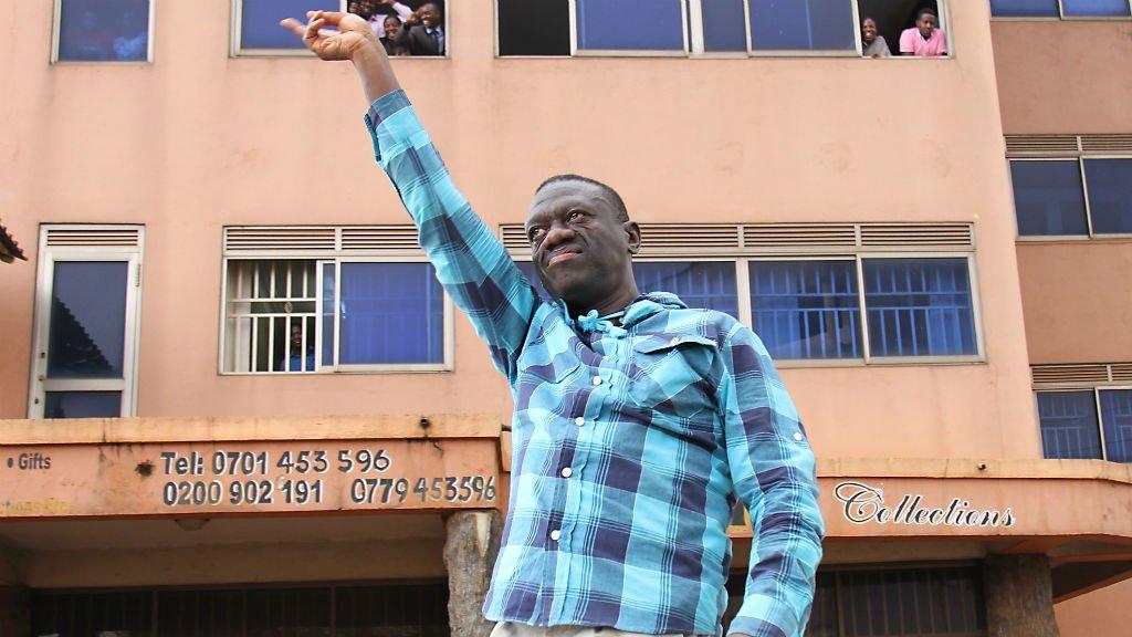 Uganda police arrest opposition leader Besigye on murder charges