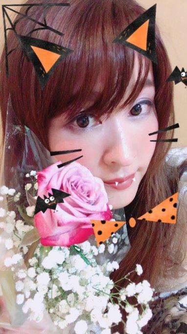 4 pic. 横浜ありがとうございました😊今週も楽しかったー!明日からはDXKよろしくお願いしまーす(о´∀`о) https://t.co/Zk9SNDpOpU