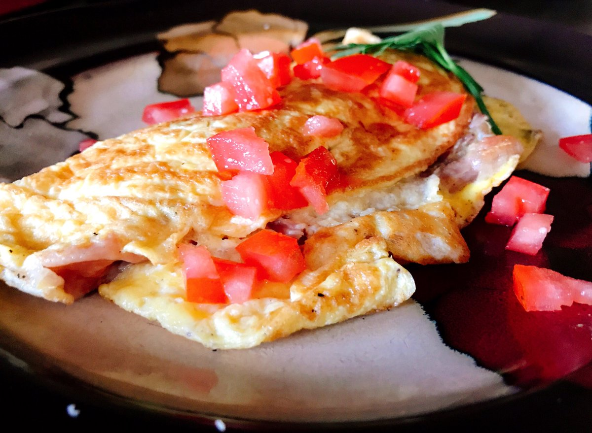 Prosciutto de Parma Cacio di Bosco & spinach omelettes this morning