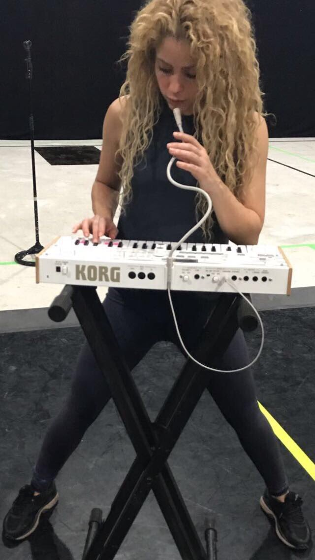 Playing with my vocoder toy! Shak https://t.co/1S9WTZrqrE