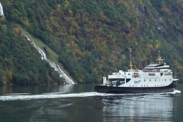 Conheça as belezas do fiorde de Geiranger, o preferido da rainha da Noruega