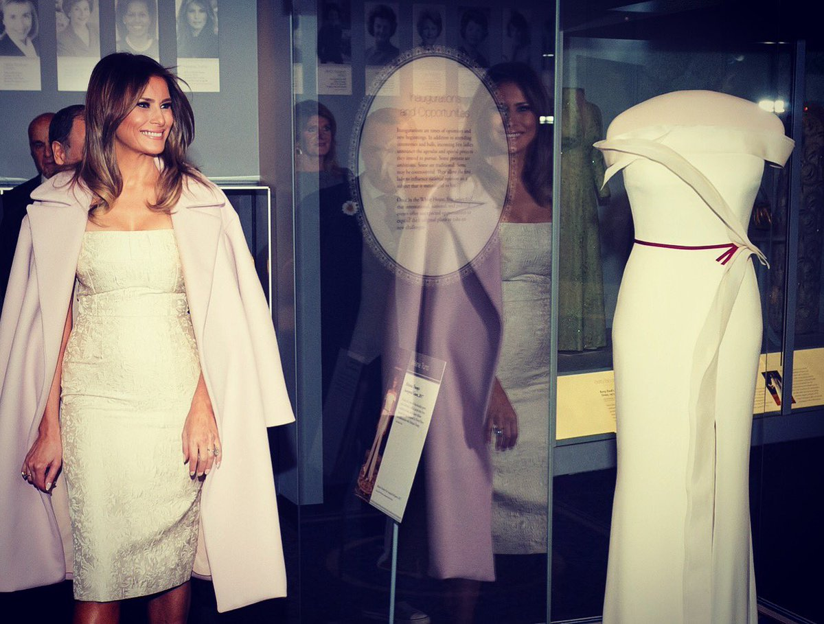 RT @FLOTUS: Honored today to donate my inaugural couture piece to the @amhistorymuseum! https://t.co/ENU1BeJA02
