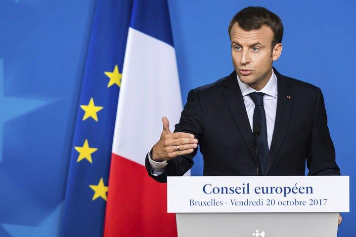 @BroadcastImagem: Reino Unido deve reconhecer compromissos financeiros com UE, diz Macron. Geert Vanden Wijngaert/AP