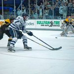 Gildonscores hat trick, UNH men's hockey improves to 5-0 for first time since 1993 with win over Colorado College