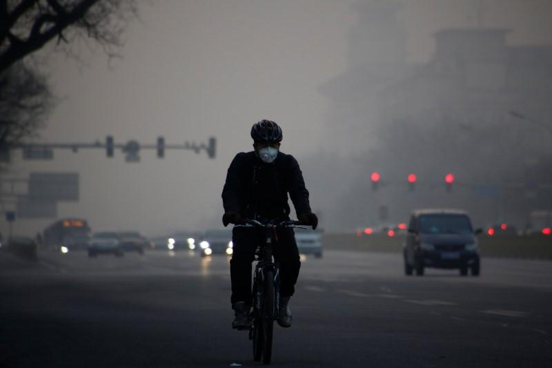 China says winter smog battle to have limited impact on economy