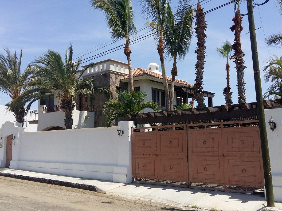 Casa Tranquila San Jose del Cabo, MLS# 17-1678 3 beds     2926.72 sqft $395,000 USD More info: https://t.co/dyq6cYtLYt  #cbriveras #realtors https://t.co/QQatbuQIas