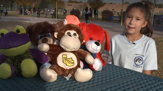 test Twitter Media - 8-year-old girl donates stuffed animals to police https://t.co/CfcPeztkIb https://t.co/eGZ1szu8PR