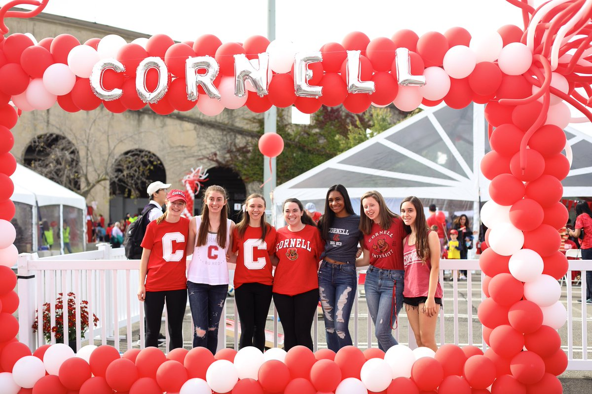 RT @CornellAlumni: Grab your friends and come out to #CornellHomecoming. We're having a blast! https://t.co/uUIZHZMrgb