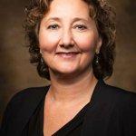 University of Arkansas law school's dean will step down