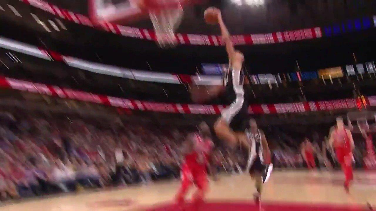 A Manu dunk! #GoSpursGo  FREE #NBA League Pass: https://t.co/jZ2OQu6Lnm https://t.co/kiikO0MgnN