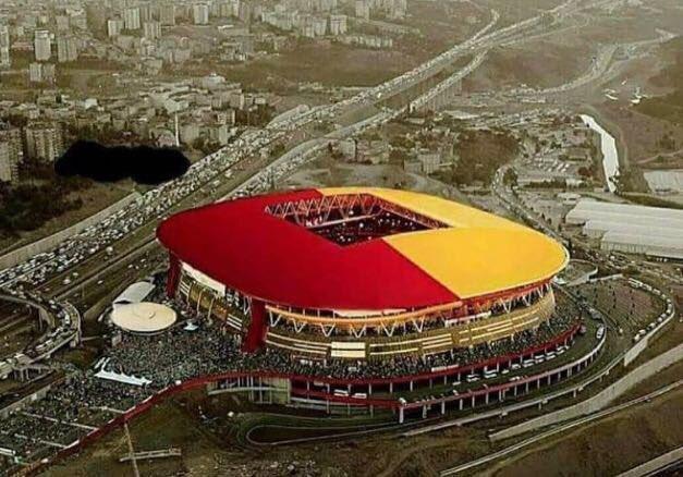 @GalatasaraySK Dunyanın öbür ucunda bile olsam Aslanin KÜKREME sesini Ayaklarımda hissediyorum. ❤�� OOOOOO CIMBOMBOM https://t.co/pYC208JDUA
