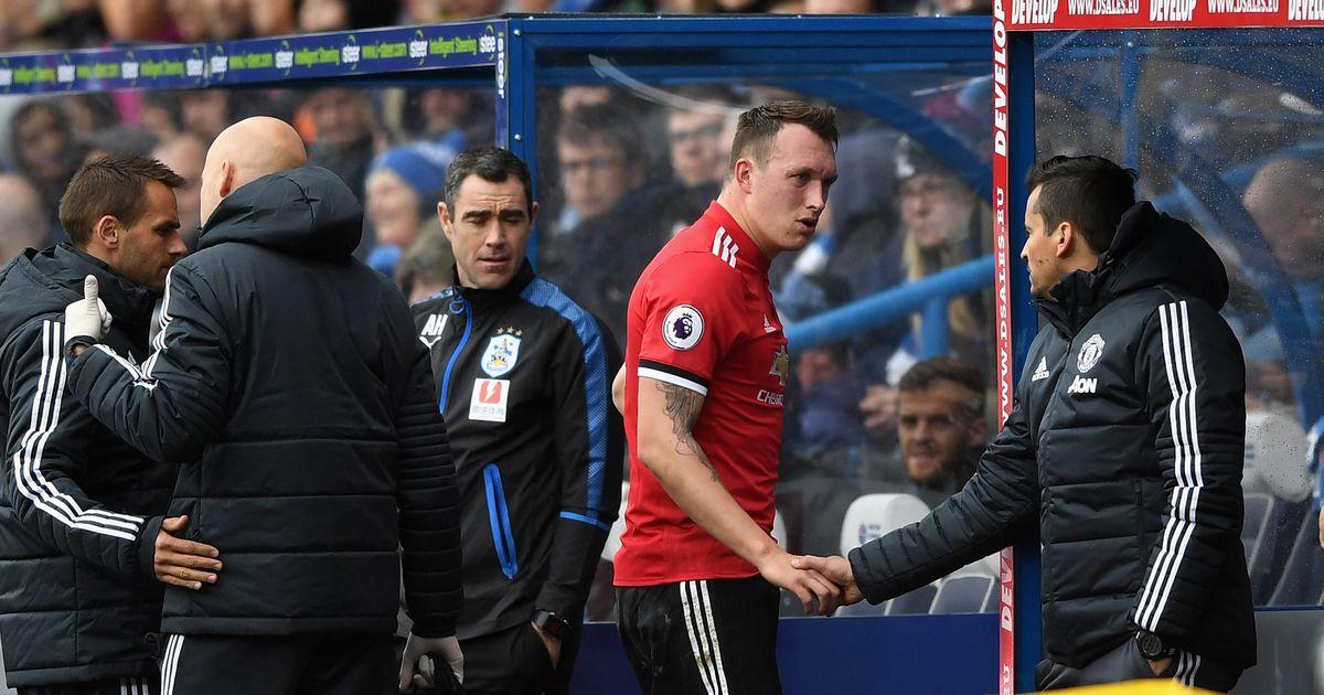 Manchester United player Phil Jones injury update