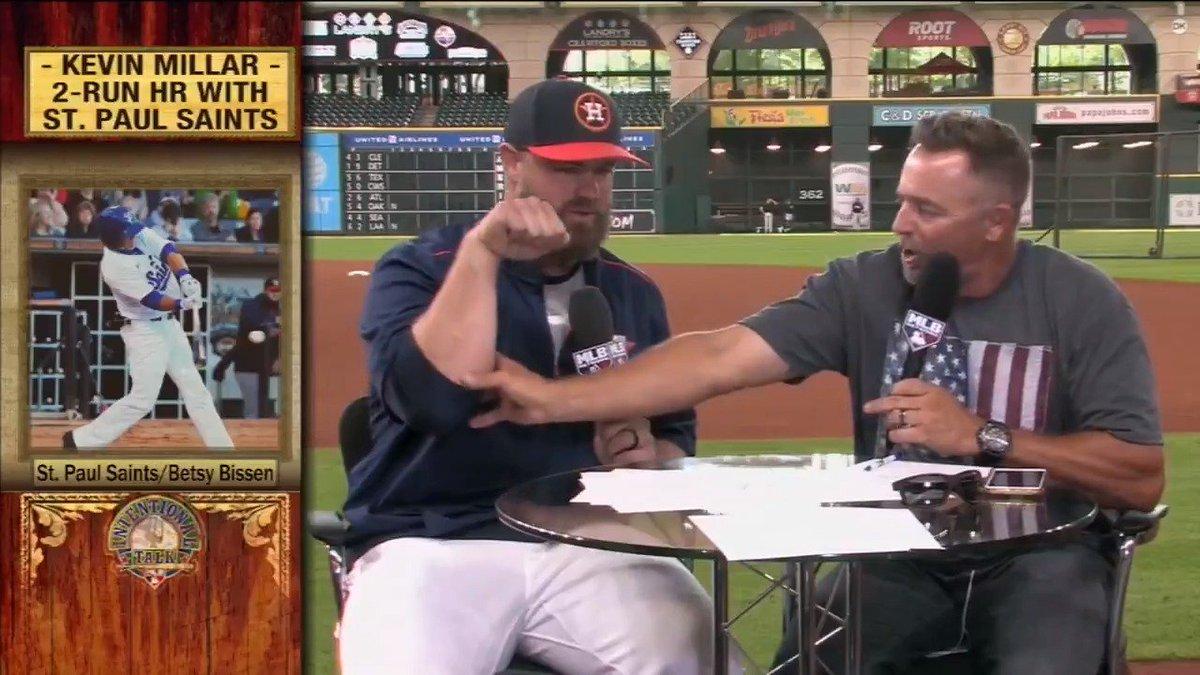 Does @BulldogBeing ever feel rude when he hits a homer?  Watch the @astros #WorldSeries bound catcher on IT earlier this year! #ITMojo https://t.co/wfdMcQ8P9u
