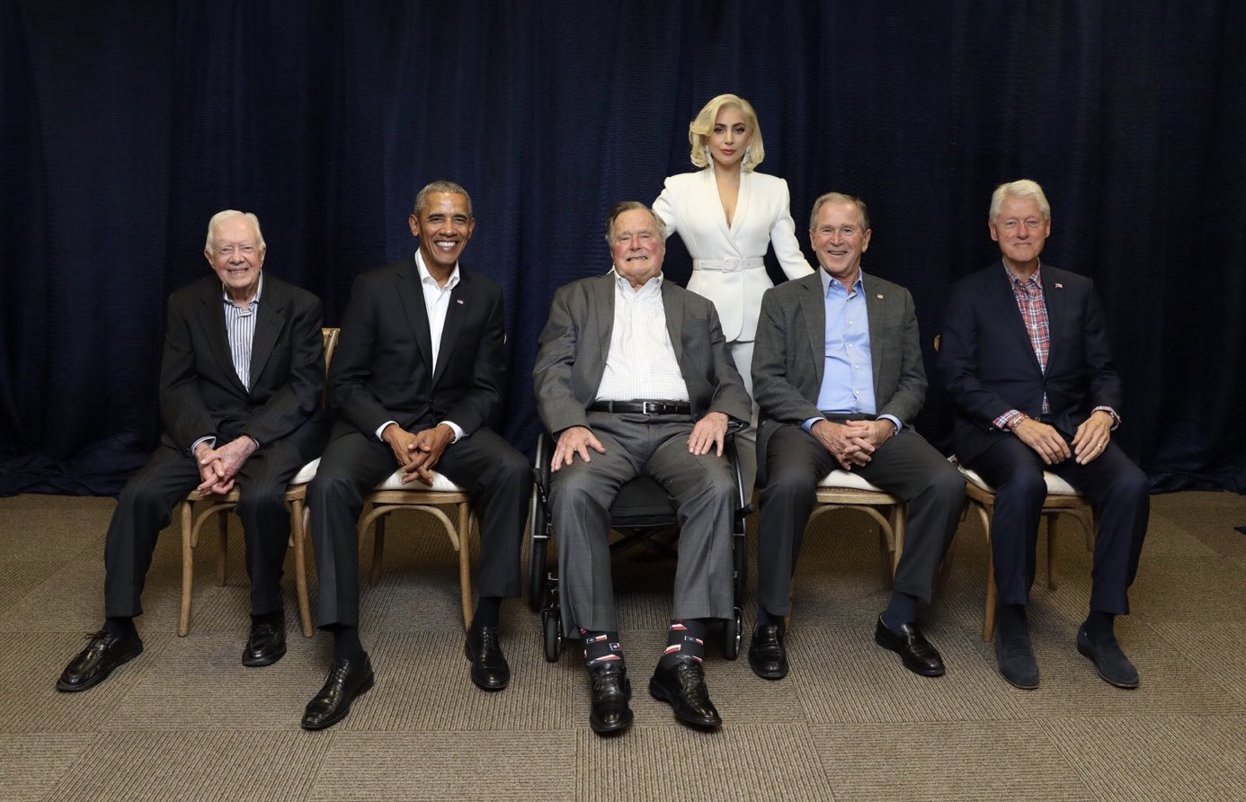 Photo of Lady Gaga and five living former presidents goes viral https://t.co/HiHixF6Ukw https://t.co/eyC8ZWmXch