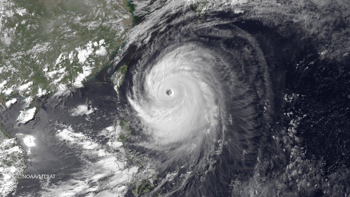 Photos from space show TyphoonLan headed toward Japan