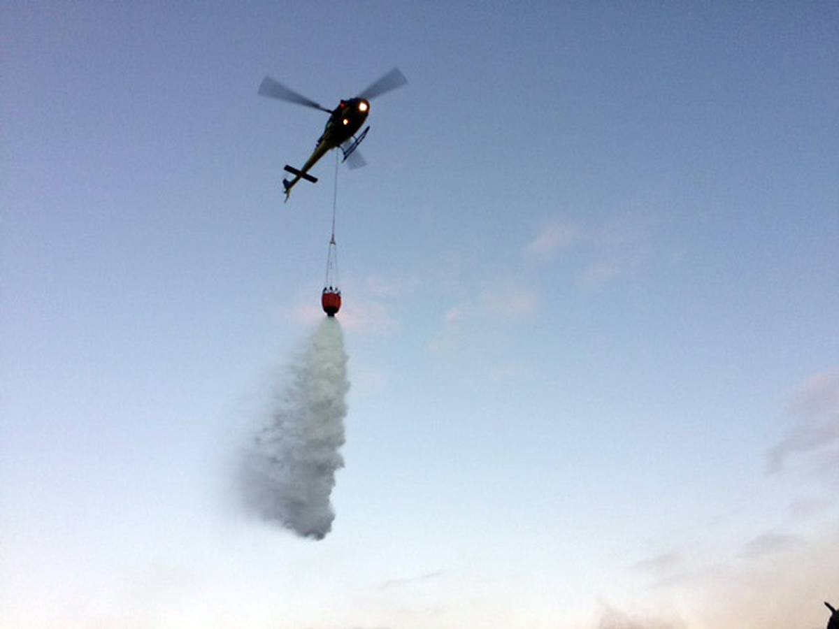 Helicopters save house from gorse fire in Far North