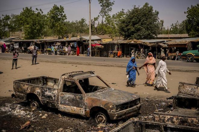 RT @Cambio16: Un triple ataque suicida en Nigeria deja 13 muertos y 16 heridos https://t.co/3i02eJmaAn https://t.co/vrlfDgTe5B