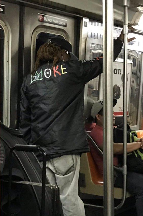 10/10 jacket https://t.co/2XXM5vmUbq