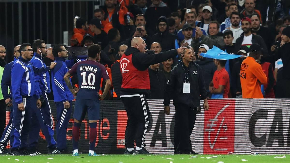 "test ツイッターメディア - Neymar pide a la FFF que actúe: ""Me tiraron hasta una baguette"" https://t.co/0coWRSZOLG https://t.co/BumfZSZLAo"